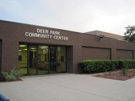 Photo of the Deer Park Community Center's exterior.